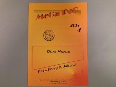 Dark House van Katy Perry & Juicy J.